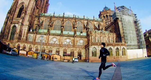 Corriendo por la capital de Europa de la Navidad, Estrasburgo