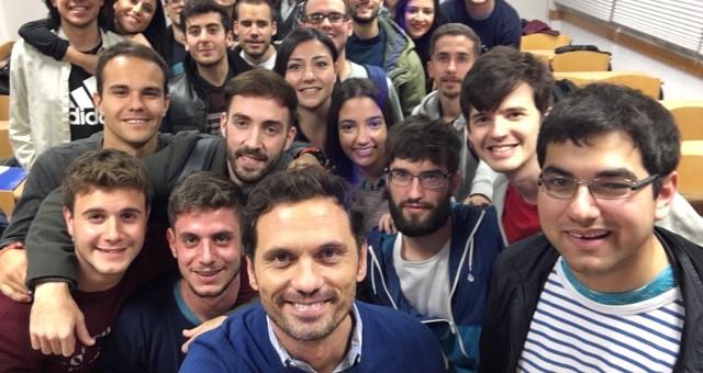 Profesor sobre Redes Sociales en el Master de la Universidad Villanueva